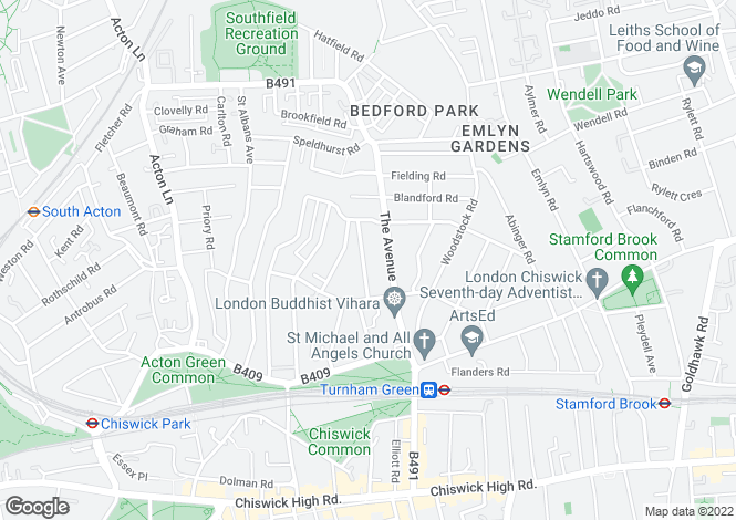 Map for Queen Annes Grove, London, W4
