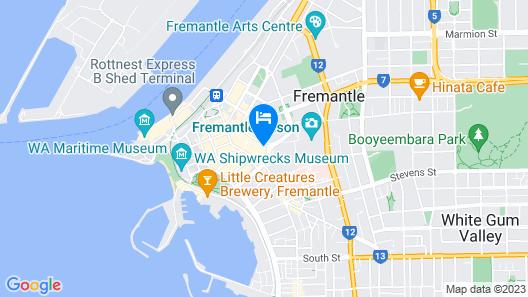 Warders Hotel Fremantle Map