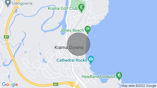 Kiama Aspect on Jones Beach. 100 Metres to the Beach . Ocean Views Map