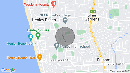 A Great Family Place in Henley Beach - Pets  ✅ opposite park stylish & comfy Map