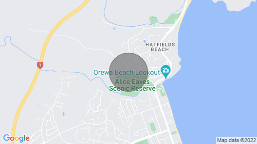 Cottage - 2 Minute Drive to Orewa Beach With It's 3km of Golden Sands Map
