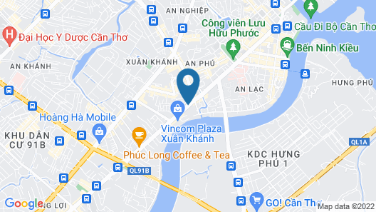 Iris Hotel Map