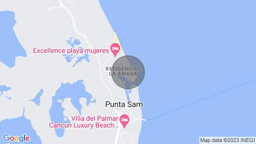 Departamento de lujo enfrente de la playa en un condominio privado Map