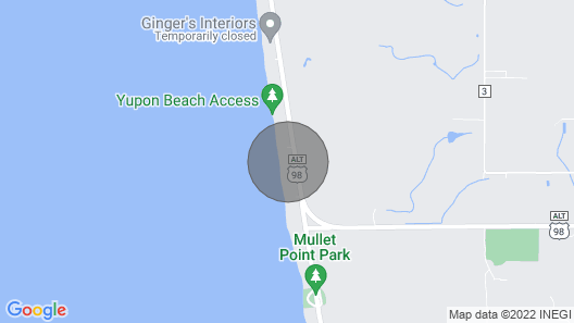 Charming studio with pier on Mobile bay Map