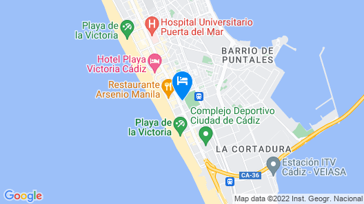 Studio in central location close to the beach Map