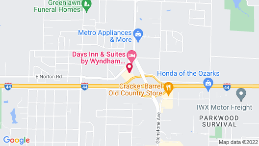 Holiday Inn Express & Suites Springfield North, an IHG Hotel Map