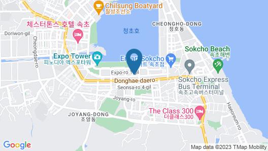 Moyen Hotel  Map