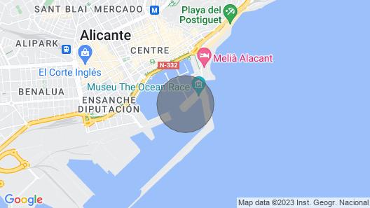 Spectacular Luxury Yacht Center Alicante Map
