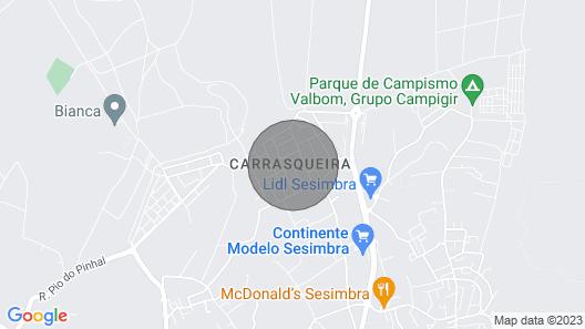 Small Pinewood Villa Sesimbra Map