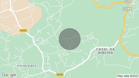 House T4 Inserted With Pool and Barbecue on Thursday in the Serra da Arrabida Map