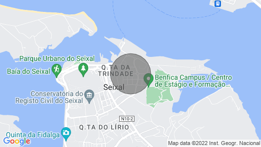 * River Terraces * Superb residence in the south bay of Lisbon, on the banks of the Tagus River Map