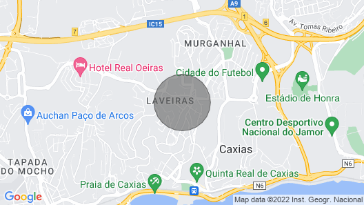 Caxias, Cozy 2 bedroom apartment in Oeiras Map