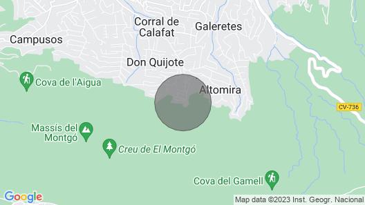 Villa Lau 6 pax - Montgo Map