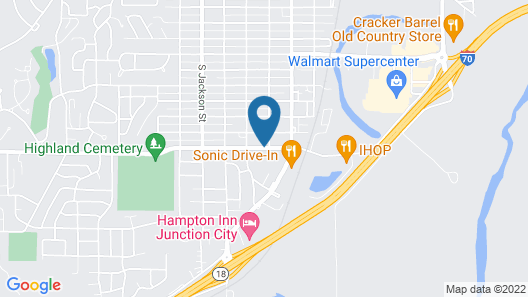 Holiday Inn Express & Suites Junction City Map