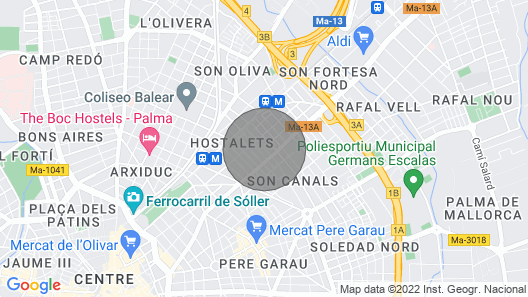 Design private house with small pool and bikes in Palma center Map