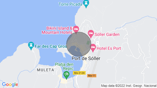 Sea front apartment with spectacular views over the harbor (AC, WIFI and SAT TV) Map