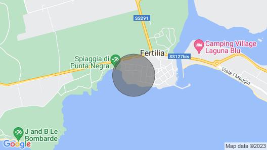 Valkoinen Huoneisto Muutaman Askeleen Päässä Merestä Map