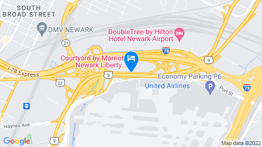 Courtyard by Marriott Newark Liberty International Airport Map