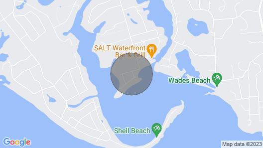 Shelter Island Getaway! Gourmet Kitchen and Fireplace...a Winter Retreat! Map
