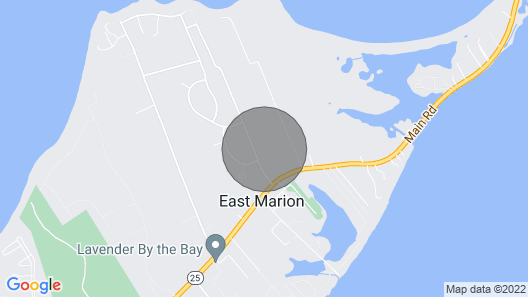 East Marion Home Walk to Beach-3 Mi to Greenport! Map