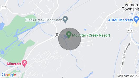 Condo W/deck & Fire Pit Near Mtn Creek & Warwick! Map