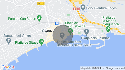 Discover Sitges, steps from the beach. 3 BRM + 2 BATH Map