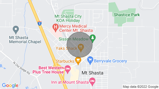 Popular Home!- Sleeps 11 -MT Shasta View! Walk to Restaurants/shops, Petsok Map