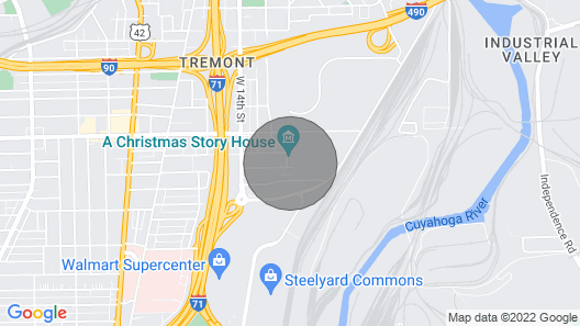 Next 2 Christmas Story House/tremont/5min Downtown Map