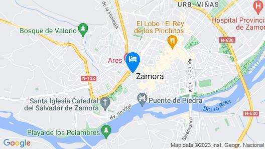 Apartamentos La Muralla Map