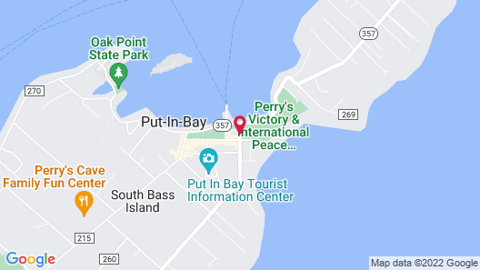 Harbour Square Suites (sleeps up to 12 people) Map