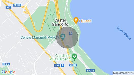 Vuodesta Nonna Lucia, Castel Gandolfo -järvellä ja Muutaman Askeleen Päässä Paavin Palatsista Map