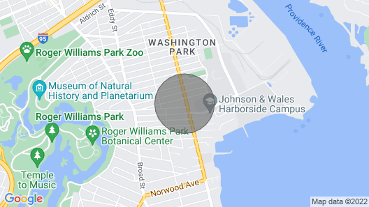Modern & Cozy Apartment in Providence Map