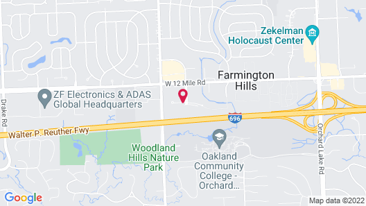 Holiday Inn Hotel & Suites Farmington Hills - Detroit NW Map