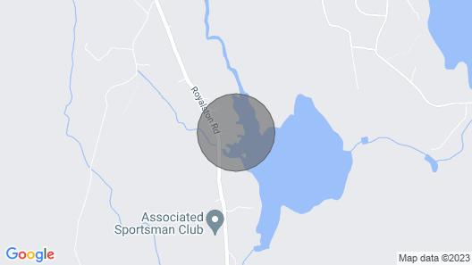 Waterfront Cottage on Sportsman Pond Map
