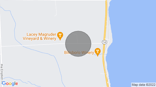 Quiet cozy cottage, walking distance to lake. Map