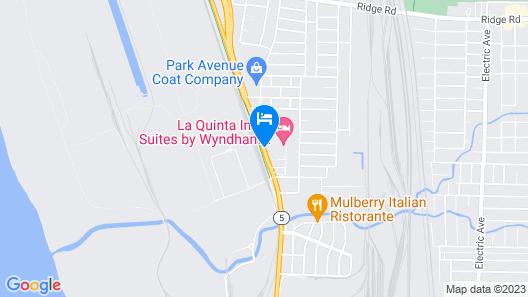 La Quinta Inn & Suites by Wyndham Lackawanna Map