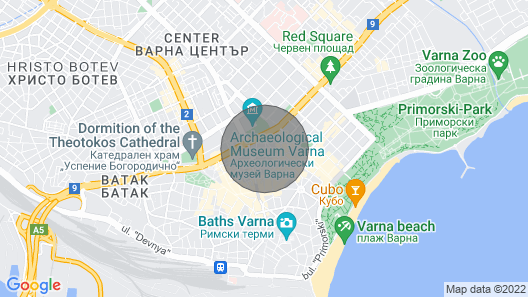 Near the beach, in the city center Map