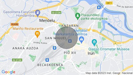 Irún by Basquelidays Map