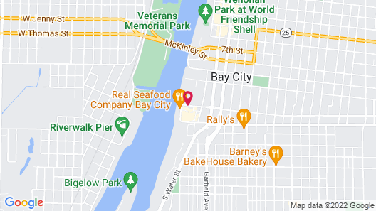 Courtyard Bay City Map