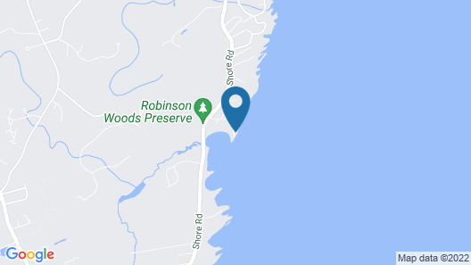 6 Point Road is Directly on the Rocky Coast of Cape Elizabeth. This Luxury Maine Rental in Completel Map