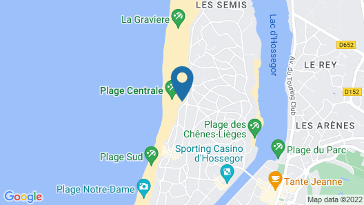 House facing the quik pro France Map