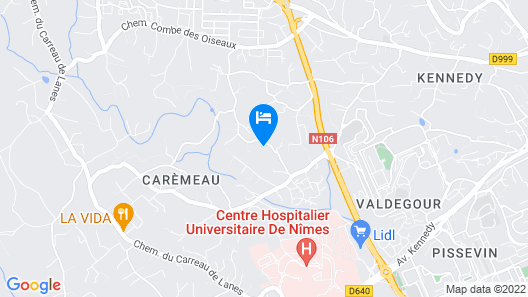 4 Bedroom Accommodation in Nîmes Map