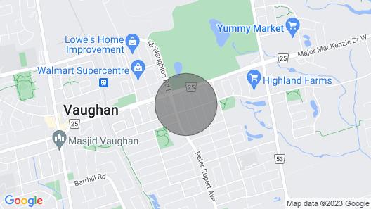 Cozy & Warm 4 Bdr 3 Bath Home W/ Fireplace In Toronto Suburbia! Map