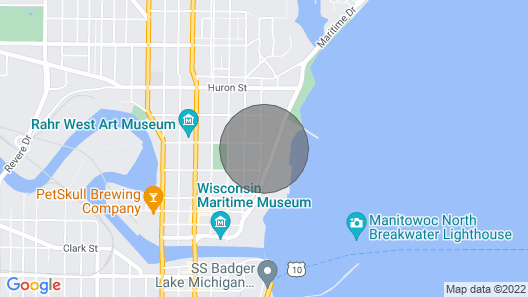 Lakefront Manitowoc Apt- 2 Mi to Red Arrow Pk Map
