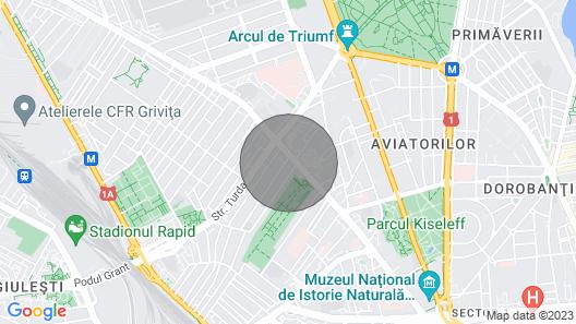 Arc de Triomphe Spacious Panoramic Apartment Map