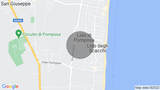 Apartment in villa with swimming pool on the Italian Adriatic coast Map