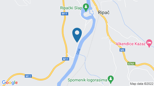 Absolutely private right at the foot of the national park Map