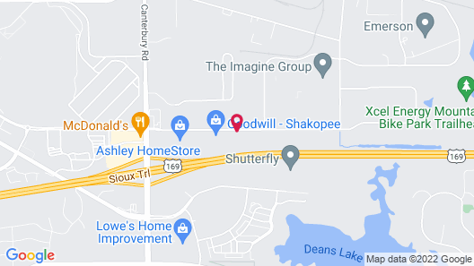 Holiday Inn Express Hotel & Suites Minneapolis SW - Shakopee, an IHG Hotel Map