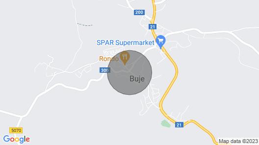 Villa Nina mit Tennisplatz, Fitnessgeräten und überdachter Sommerküche. Map
