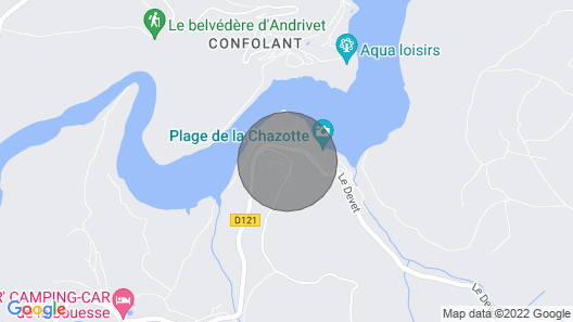 Large Chalet With Jacuzzi and Lake View Map